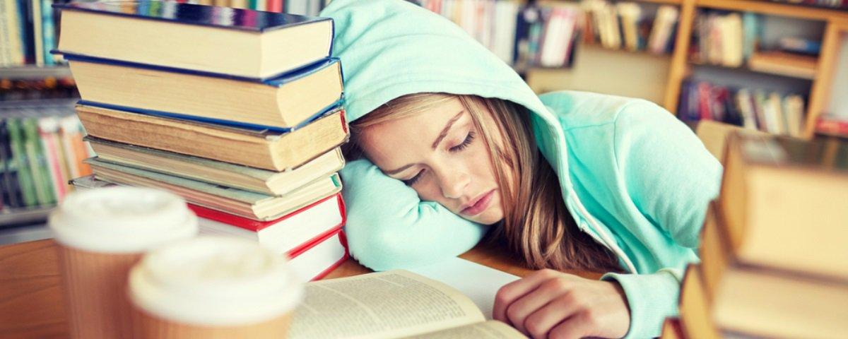 Sua memória anda ruim? A culpa pode ser dos seus hábitos de sono, sabia?