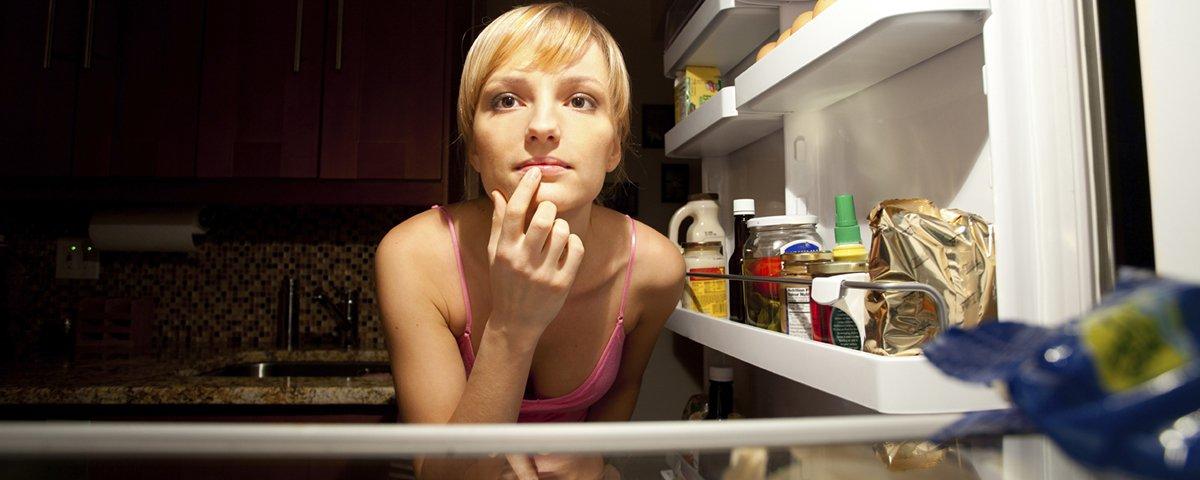 5 dicas simples para acabar com o hábito de comer antes de dormir