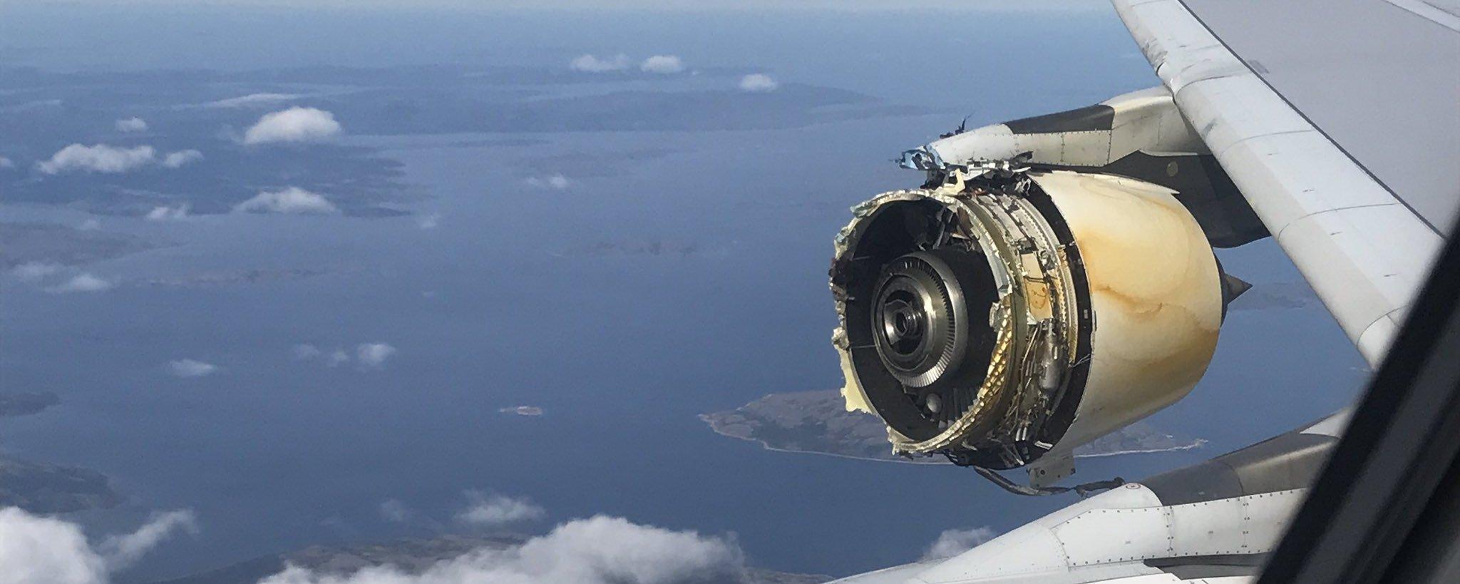 Passageiros filmam motor de avião francês destruído em pleno ar