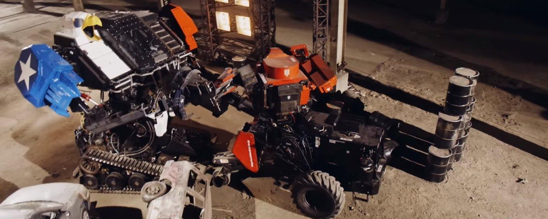 Batalha entre robôs gigantes dos EUA e do Japão finalmente acontece