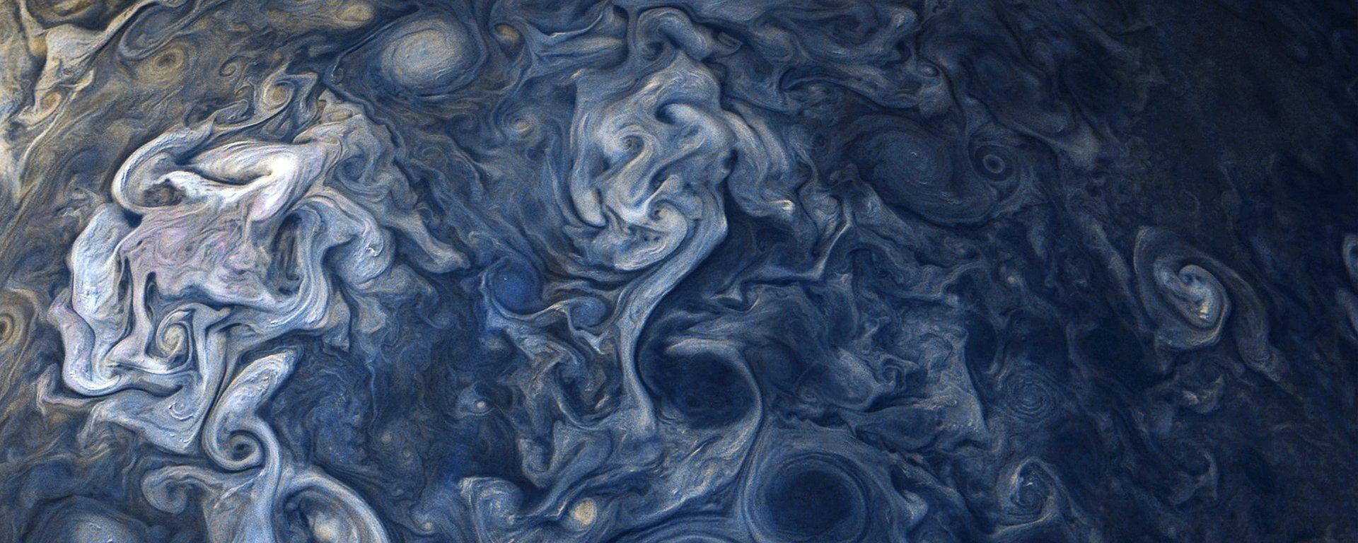 Acredite se quiser, essa é uma foto da superfície de Júpiter