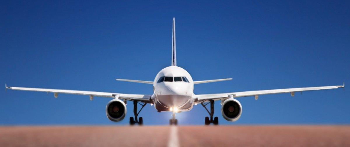 Você sabe por que a maioria dos aviões é pintada de branco?