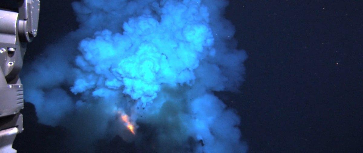 Muita sorte: cientistas conseguem capturar rara erupção vulcânica submarina