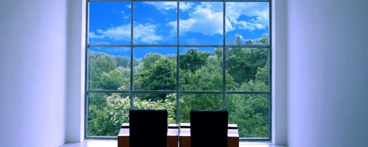 Conhece as janelas do futuro? Elas captam energia solar e mudam a opacidade