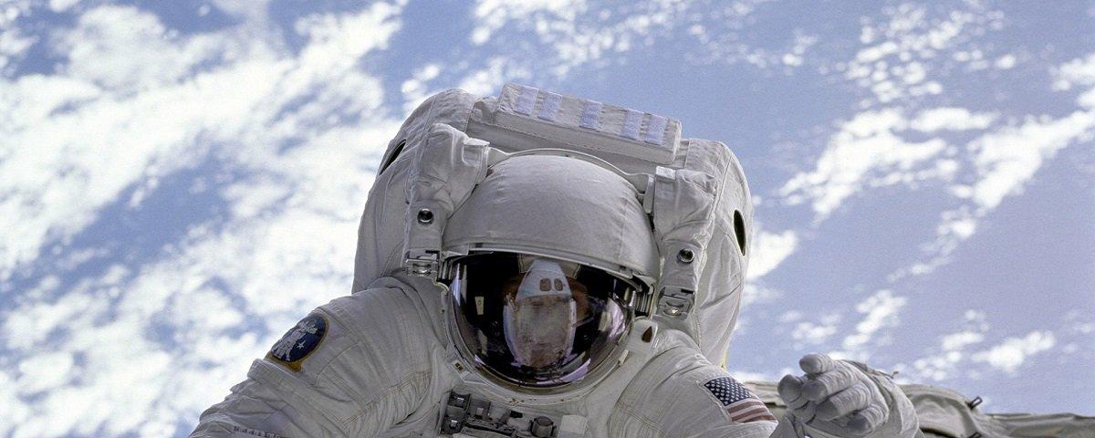 Astronautas poderão transformar o próprio cocô em comida