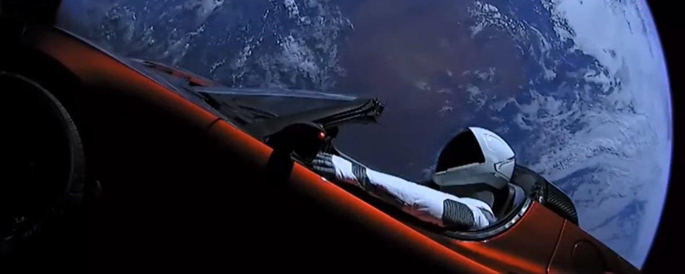 Cientista afirma que carro lançado pela Space X pode vir a infectar Marte