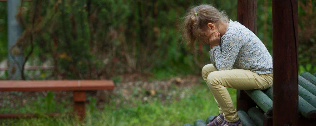 Crianças punidas fisicamente tendem a ter relacionamentos violentos