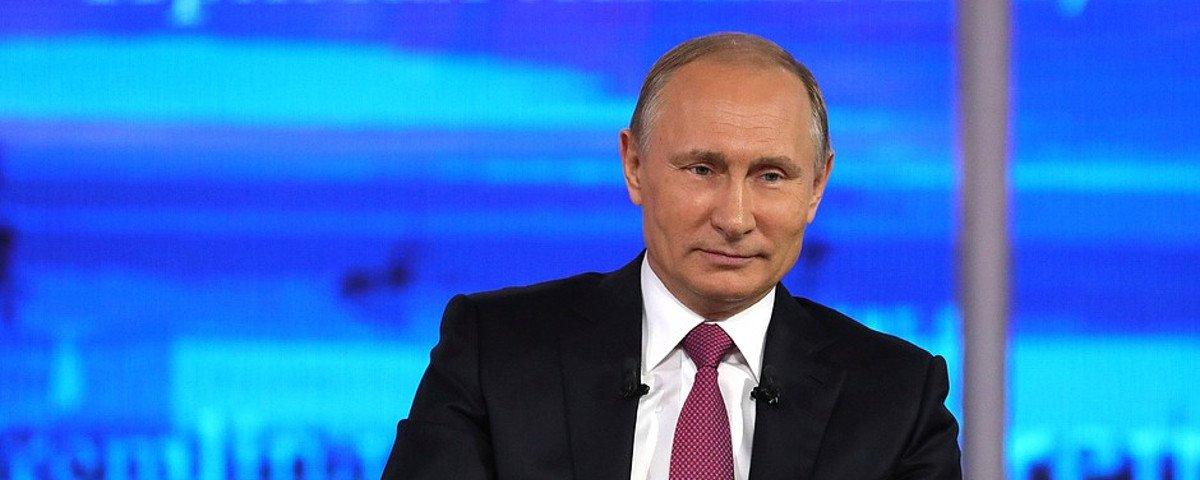 Vladimir Putin planeja missão russa para explorar Marte em 2019