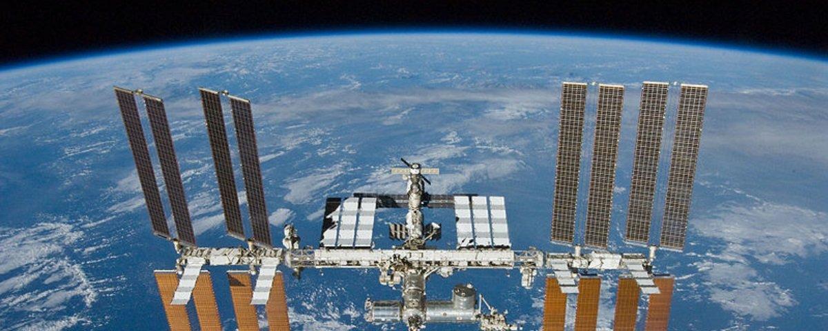 Confira o estrago que lixo espacial pode causar em uma espaçonave