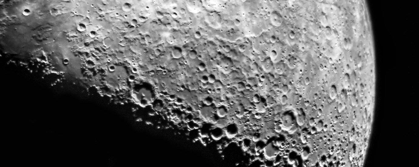 """NASA divulga """"vídeo-tour"""" da Lua em 4K; assista"""