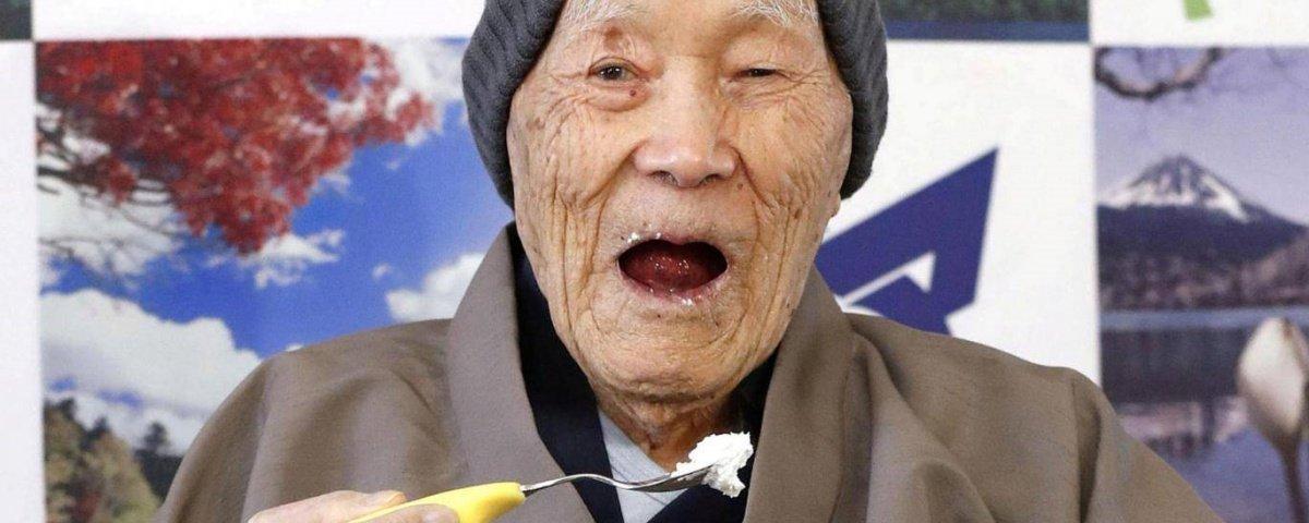 Homem mais velho do mundo revela segredo de vida longa