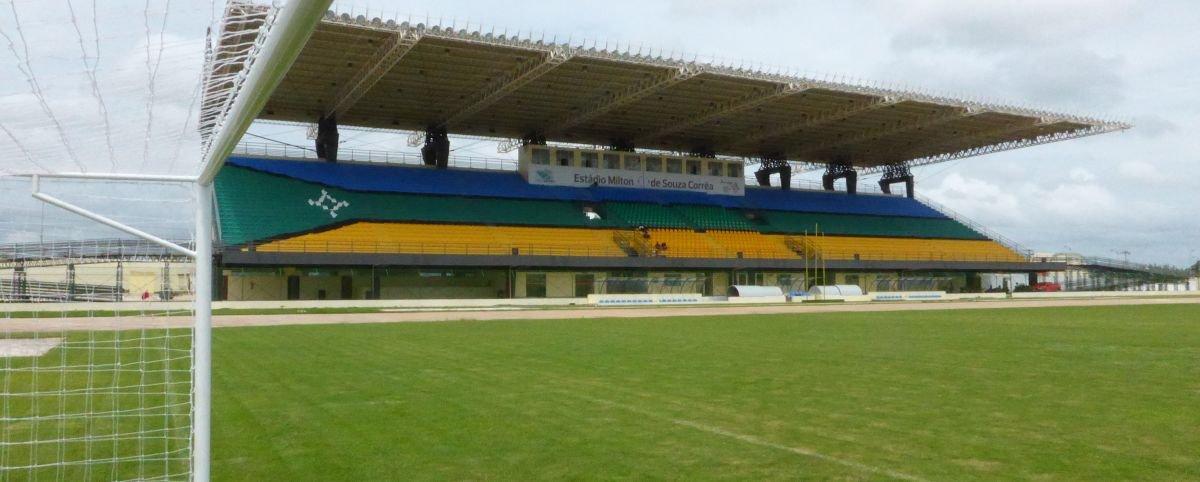 Conheça o estádio brasileiro que foi construído sobre a Linha do Equador