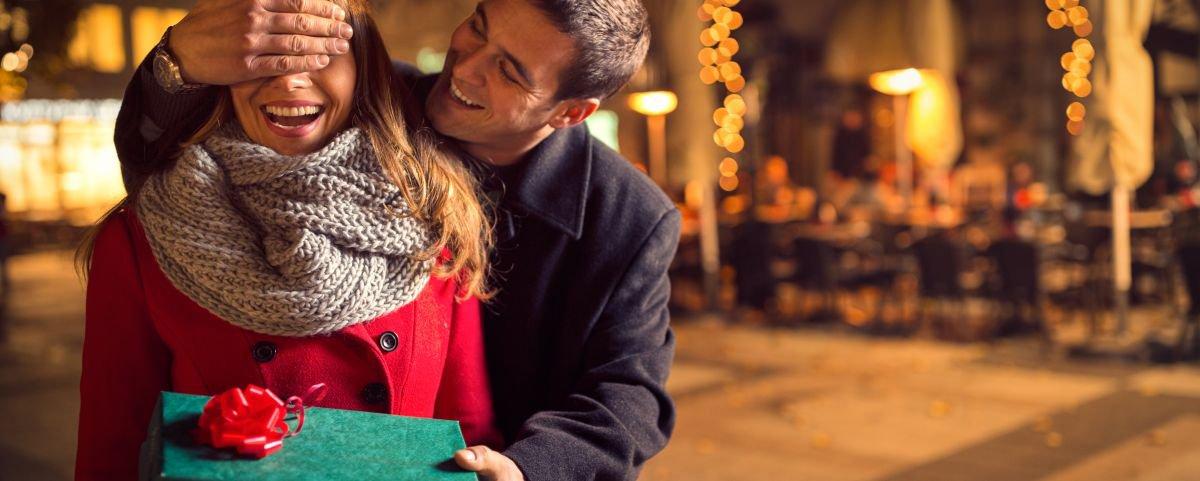 Amantes são prioridade no Dia dos Namorados, revela pesquisa