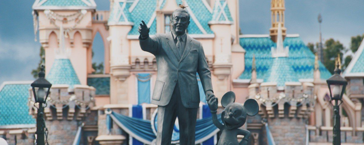 Controvérsia: Walt Disney era um informante do FBI?