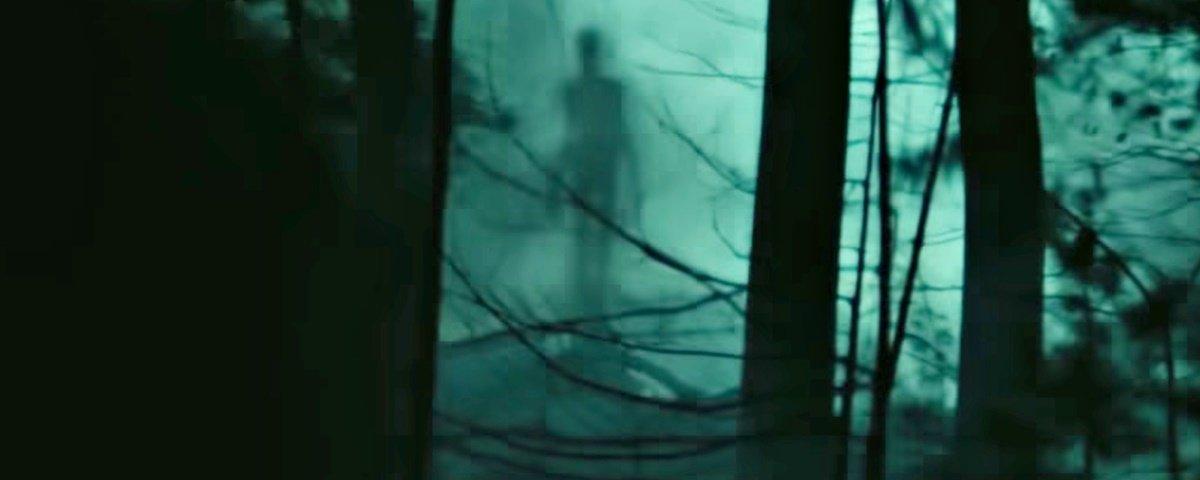 "Confira o trailer da lenda urbana ""Slender Man: Pesadelo Sem Rosto"""