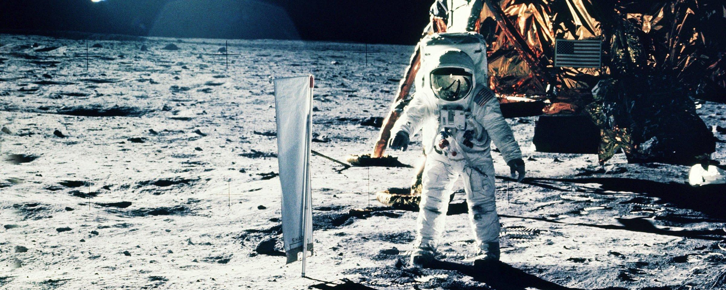 NASA publica 19 mil horas de áudio da missão que levou a humanidade à Lua