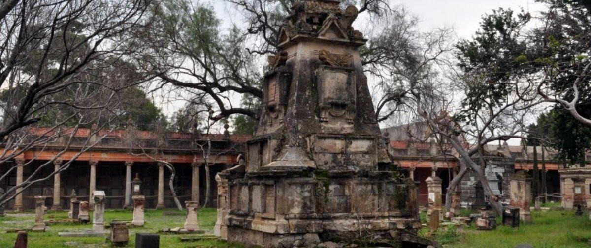 Conheça a lenda do vampiro que assombrava um cemitério de Guadalajara