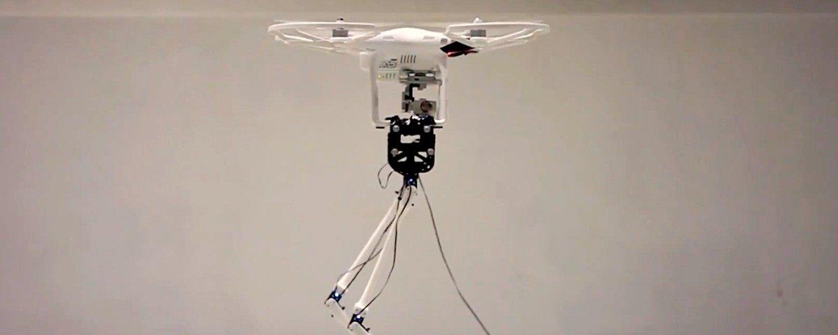 Robô japonês bípede e com cabeça voadora? Sim, ele é real!
