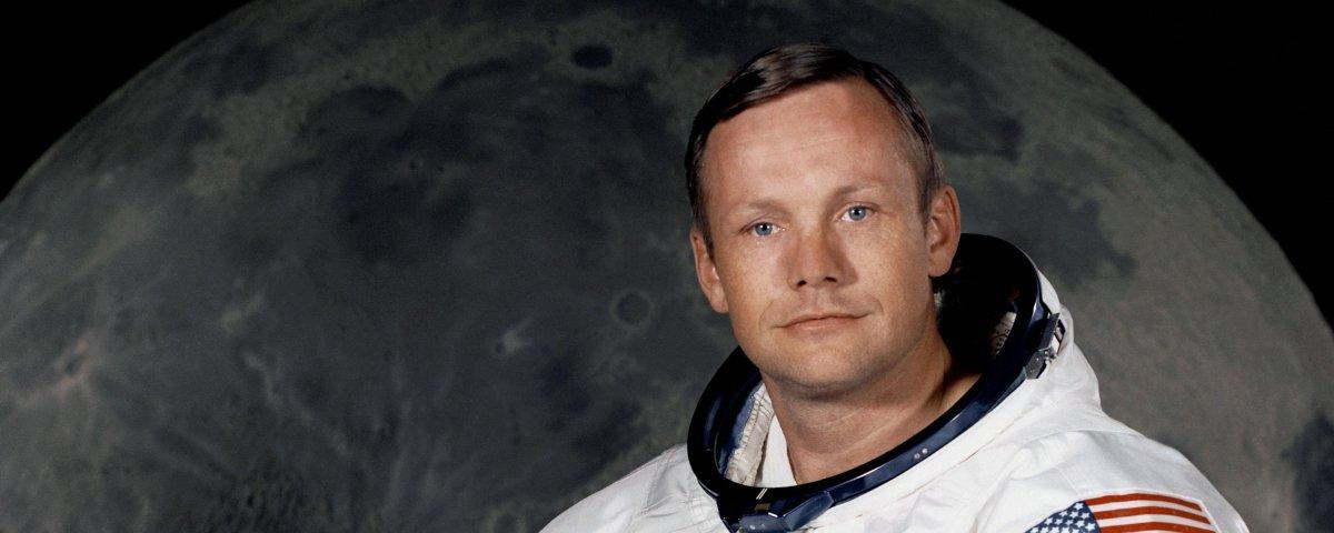 Traje usado por Neil Armstrong na Lua está se desintegrando aos poucos