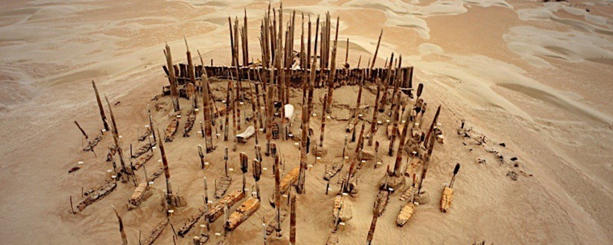 Cemitério descoberto no meio de deserto estava cheio de múmias naturais