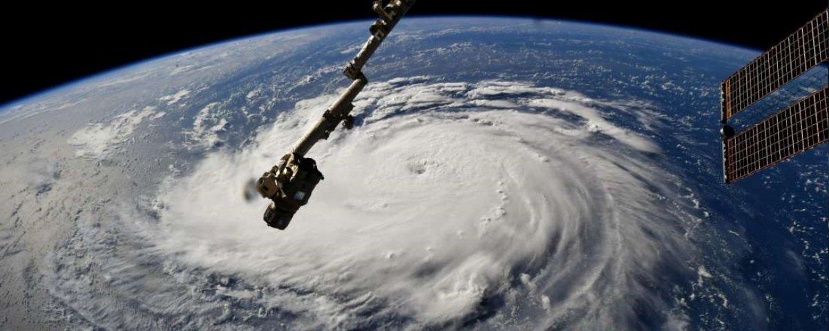 Xerife norte-americano pede para que população não tente atirar em furacão