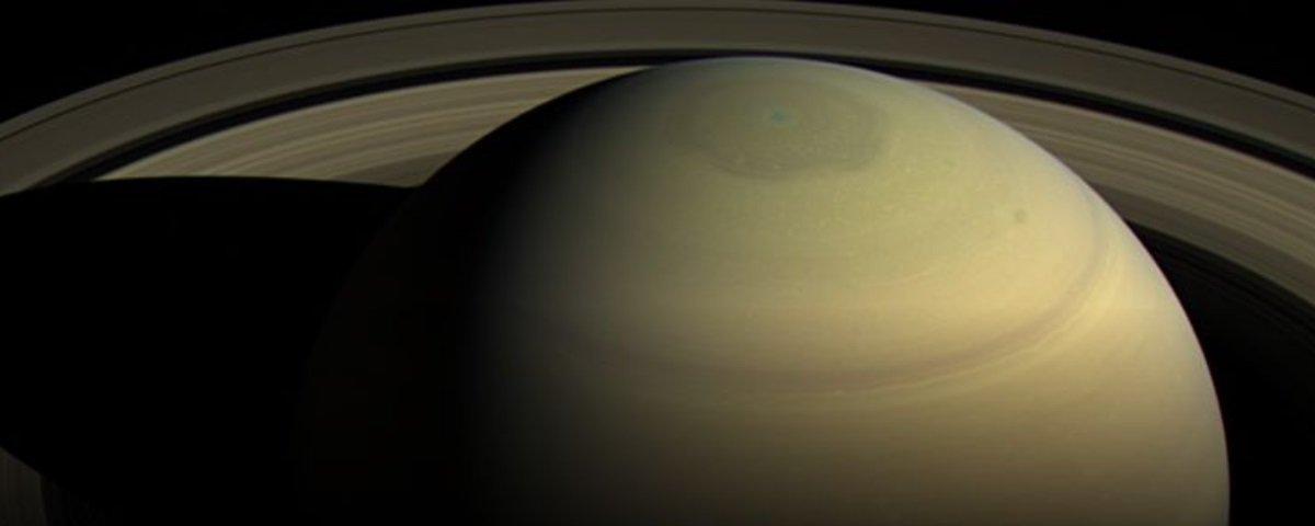 Cientistas descobrem novas informações sobre o hexágono de Saturno