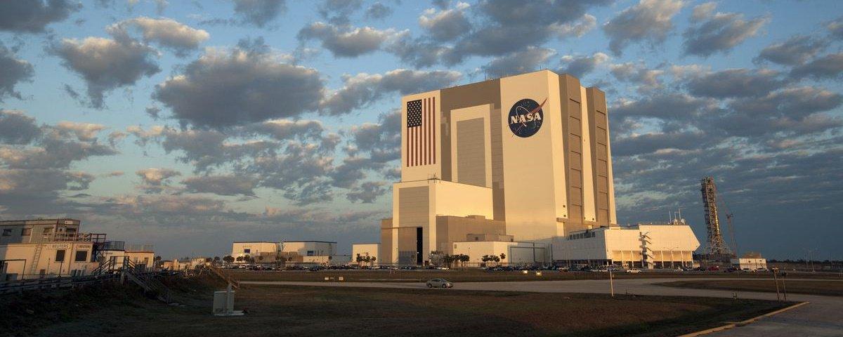 """Equipe de estudantes brasileiros está no """"top 5"""" em competição da NASA"""