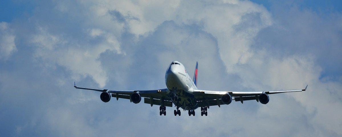 Descubra o que acontece quando um avião se despressuriza no ar