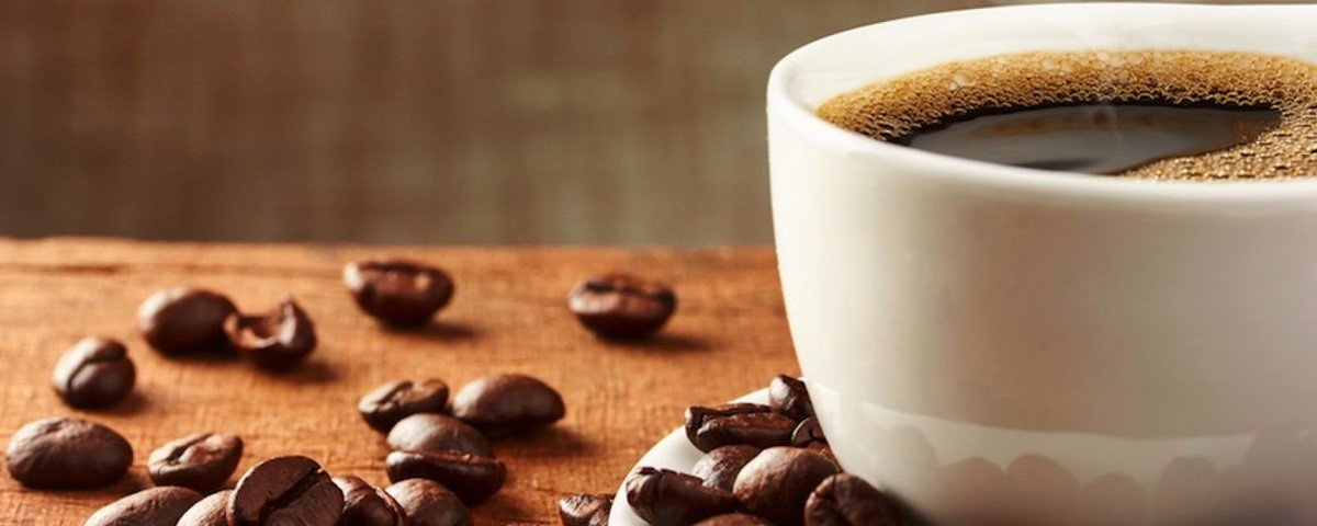 Tomar muito café pode nos deixar desidratados?
