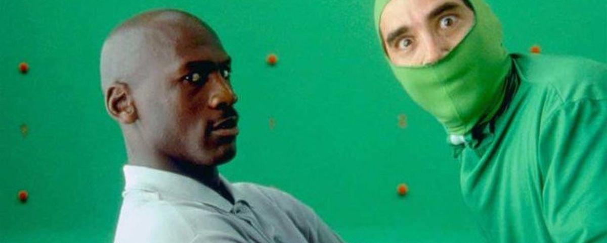 11 imagens de bastidores que revelam os segredos de cenas cinematográficas