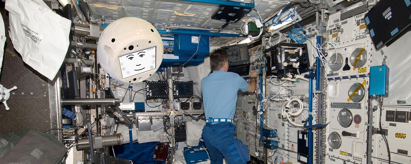 Cimon é o robô com IA que vai ajudar astronautas na Estação Espacial