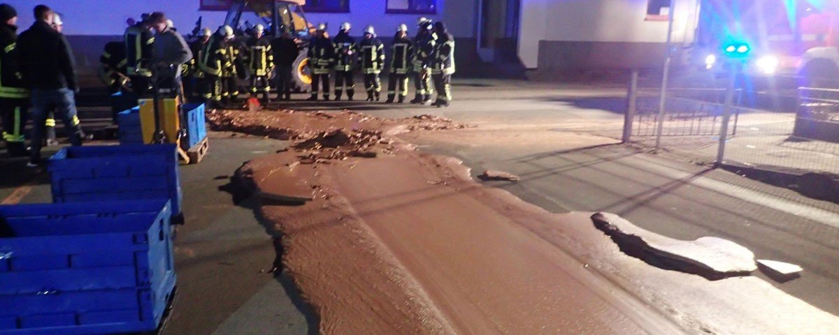 Como uma rua na Alemanha acabou ganhando cobertura de chocolate?