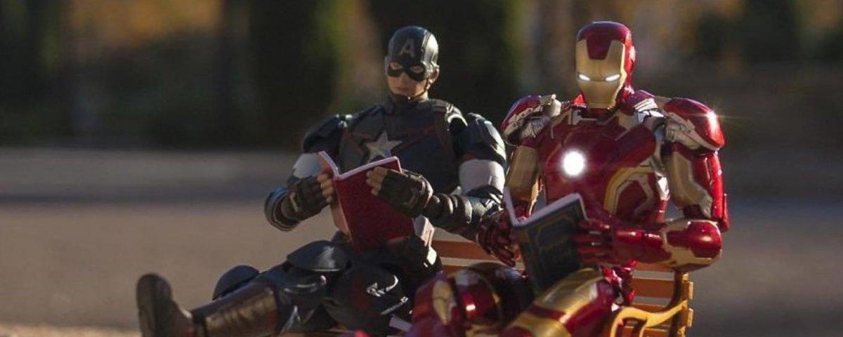 Tem Na Web - Designer imagina o que os heróis fazem quando não estão salvando o mundo