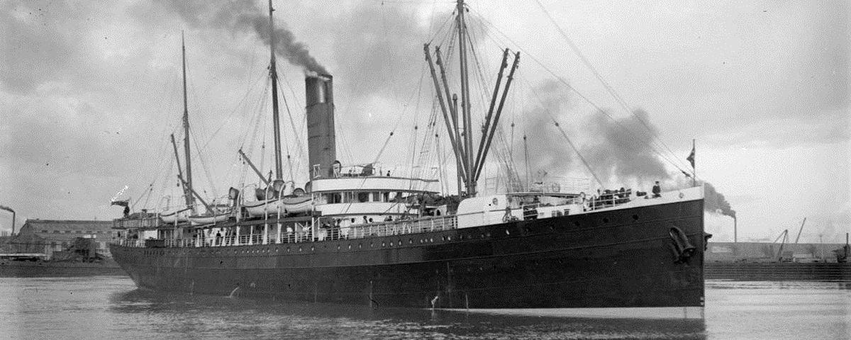 Loucura: navio ficou ao mesmo tempo em 2 séculos e 2 hemisférios diferentes