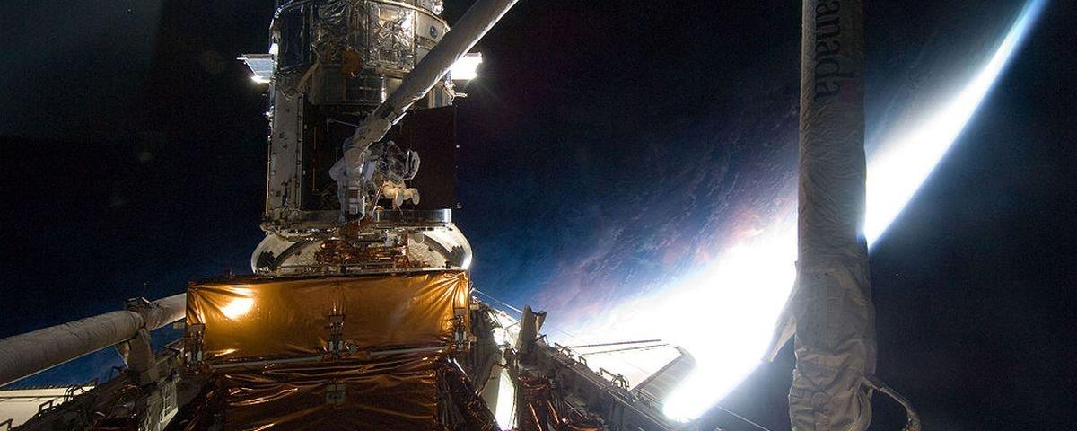 Cientistas criam mosaico incrível com fotos do espaço geradas pelo Hubble