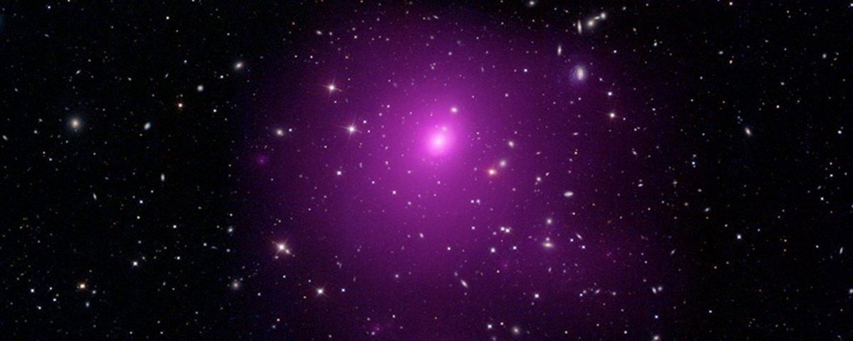 Astrônomos identificam buraco negro com 40 bilhões de vezes a massa do Sol