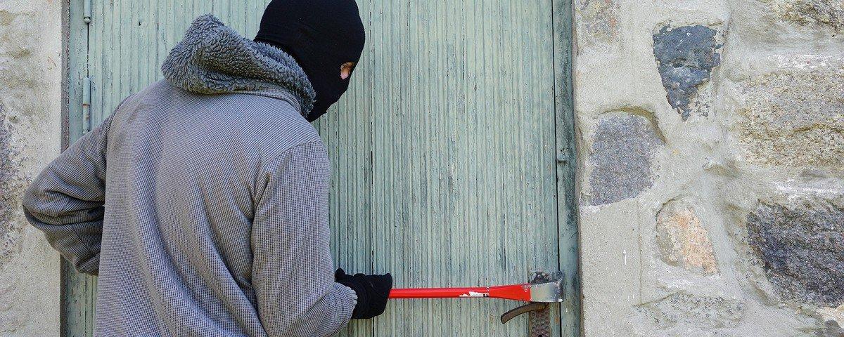 10 situações loucas em que ladrões foram presos