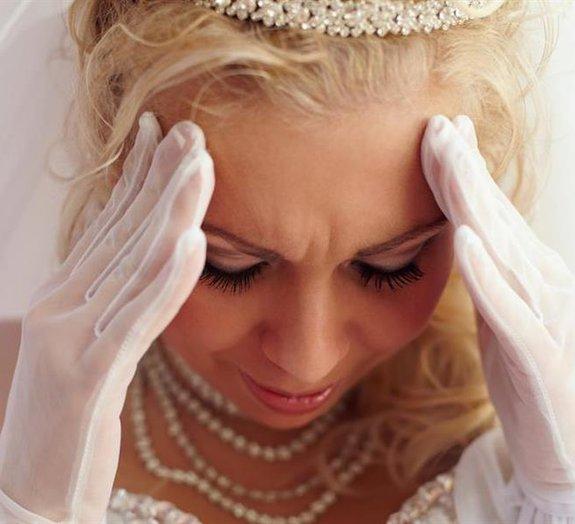 Bomba no dia do casamento? Noivo inventa uma péssima desculpa e acaba preso
