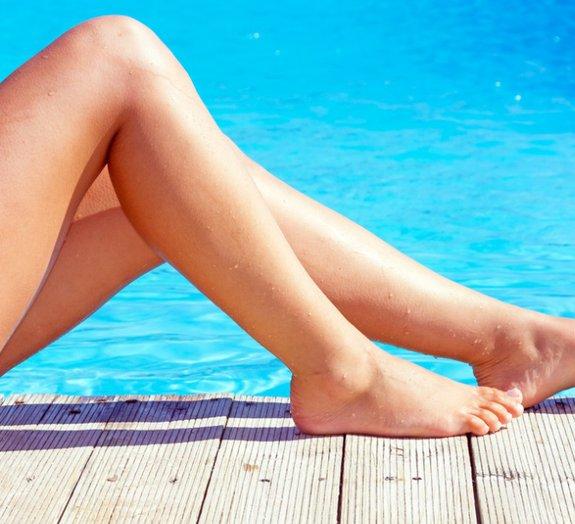Nesta piscina em Paris você só entra se estiver pelado [vídeo]
