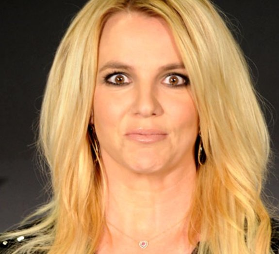Hits de Britney Spears afastam piratas da Somália