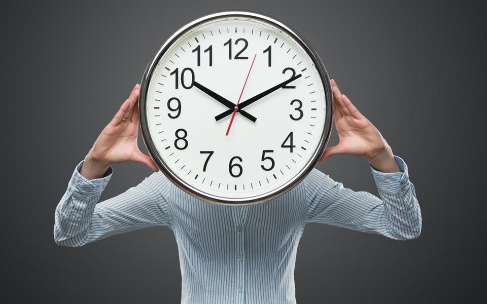Dormir tarde ou acordar cedo: o que traz mais benefícios para a sua saúde?