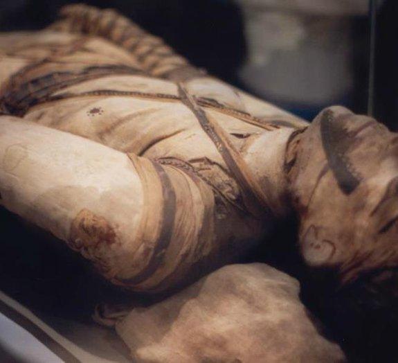 Você conhece as técnicas dos egípcios para extrair os órgãos das múmias?