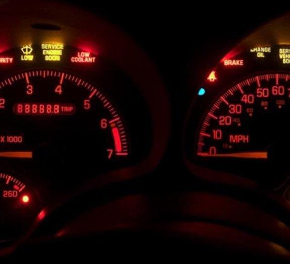 Carros: os 10 botões e luzes de painel com as funções mais confusas