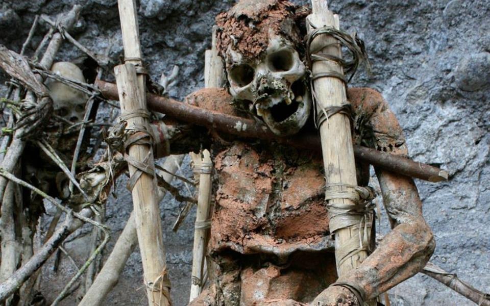Resultado de imagem para 4 lugares horripilantes em que é possível ver cadáveres a céu aberto