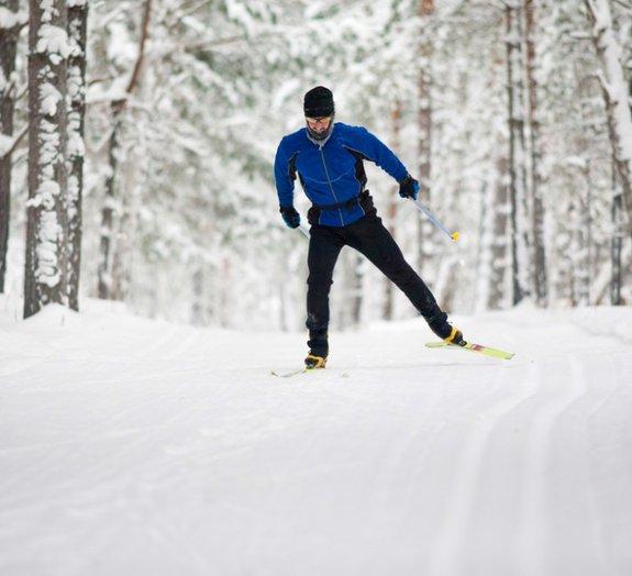 Mate a sua curiosidade sobre esqui com este vídeo de tirar o fôlego