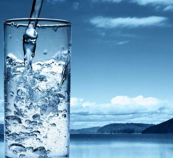 Água: quanto devo beber por dia?