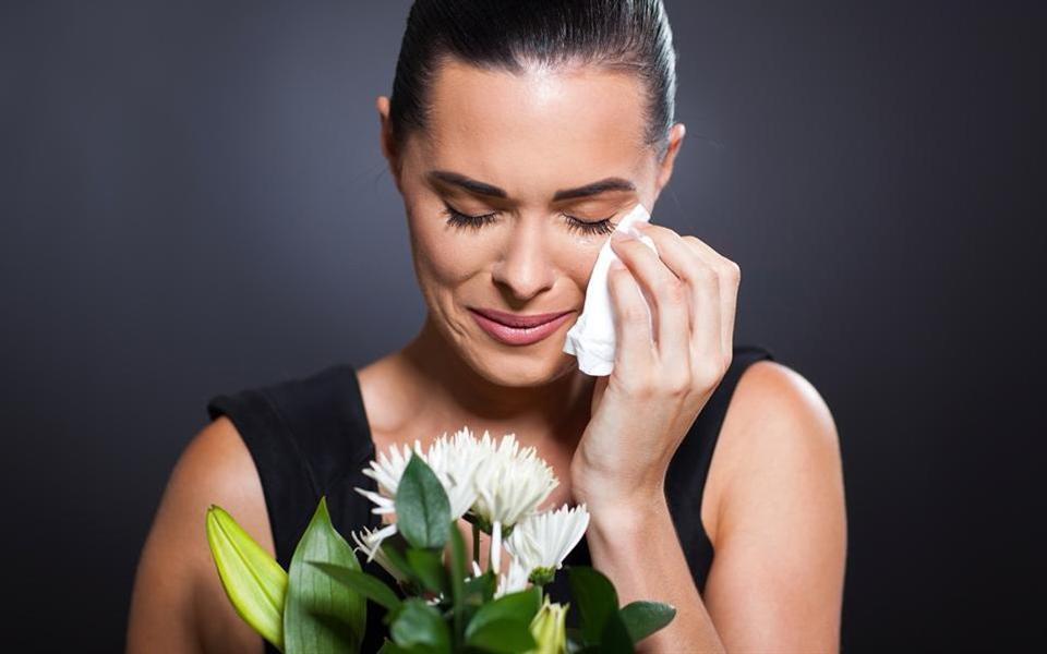 Novo serviço garante muito drama e muita choradeira durante os funerais