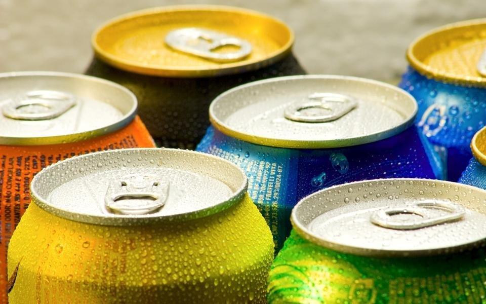 Estudo aponta bebidas doces como responsáveis por 180 mil mortes anuais