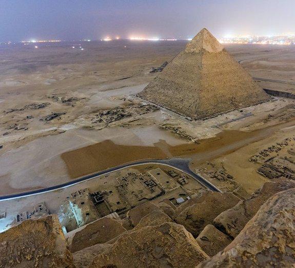 Fotógrafo escalou secretamente pirâmide do Egito e fez retratos incríveis
