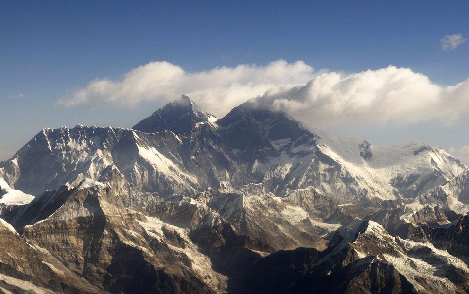 Homem nepalês de 81 anos quer escalar o Monte Everest para quebrar recorde